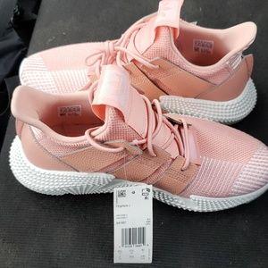 NEW Adidas Prophere J Women's Size 7Athletic Shoe